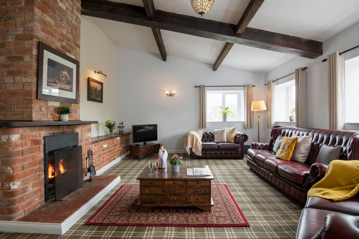 Shire Stable Cottage Lounge